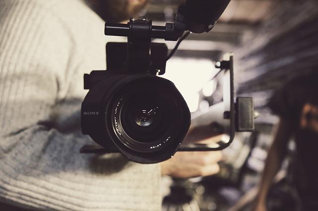 YOUTUBE VIDEOCLIP ERSTELLEN - UND DAS OHNE GROSSE VORKENNTNISSE