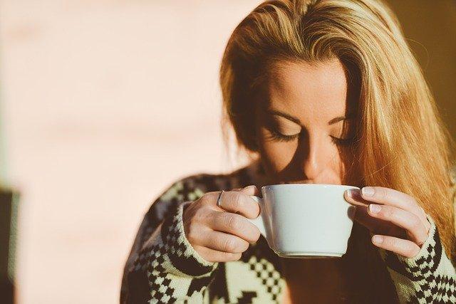 KAFFEESÄURE - HABEN KAFFEETRINKER EINEN VORTEIL?